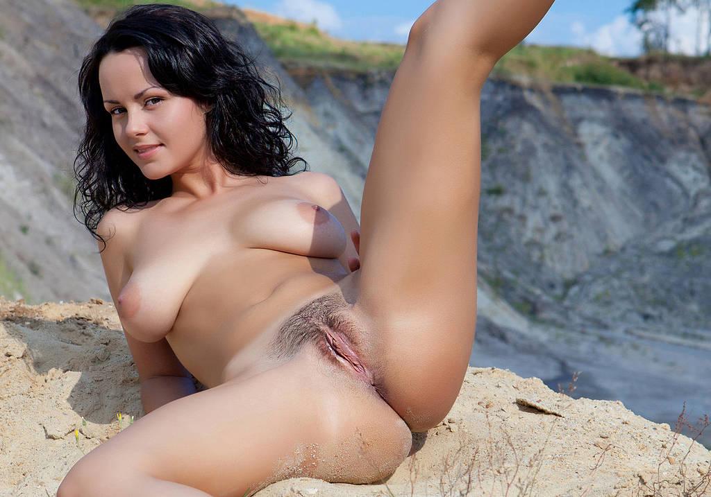 Thai young nude girl